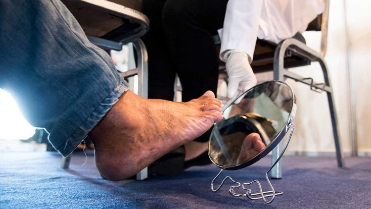Six Tips for Living with Diabetic Neuropathy